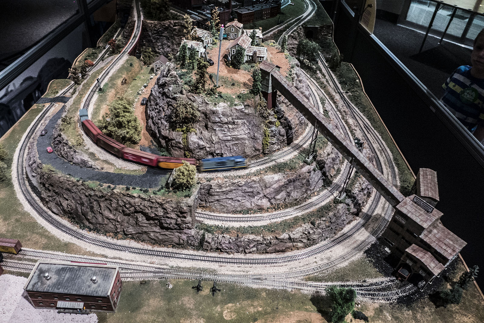 2014 magic of model trains photo gallery
